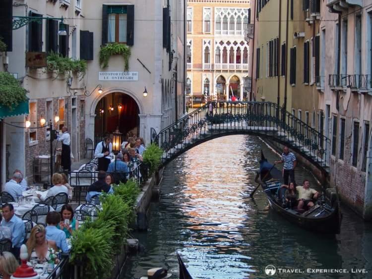 Venice photos: Picturesque bridge in Venice