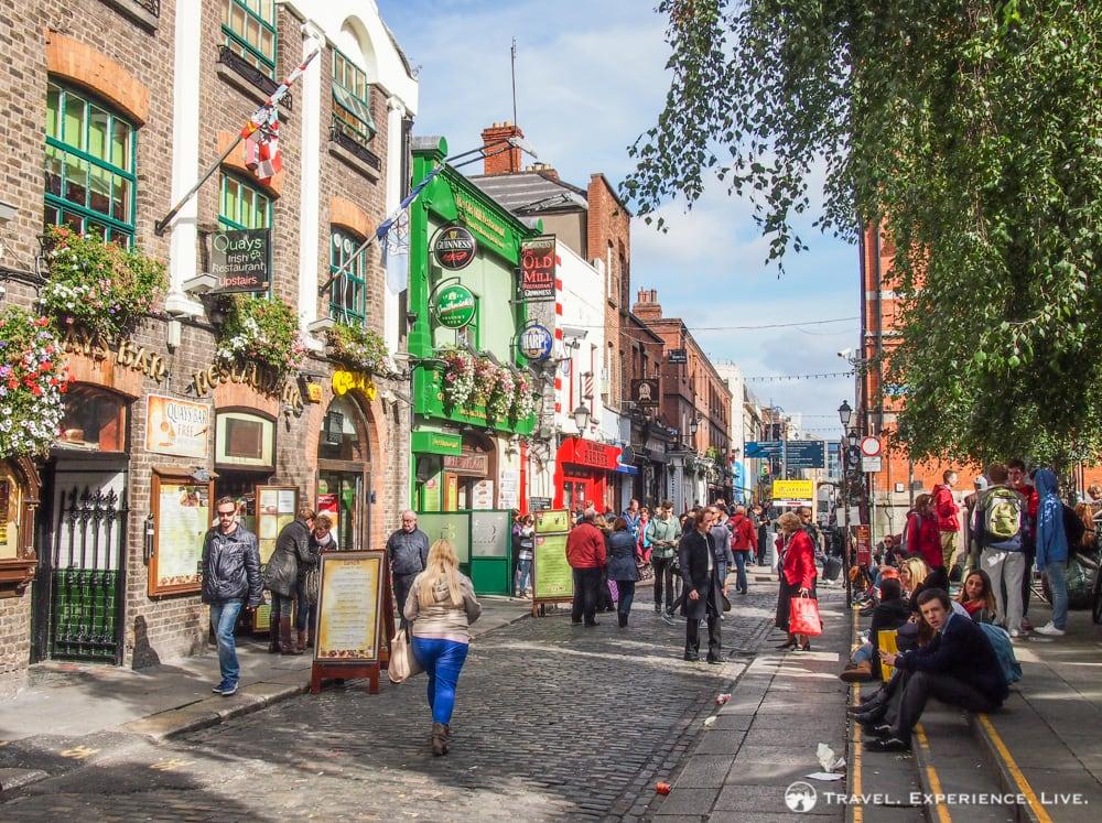 Temple Bar, Dublin, Ireland photos