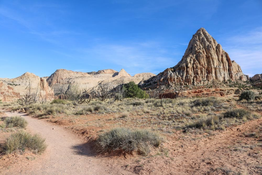 Hickman Bridge Trail in Capitol Reef National Park, Utah