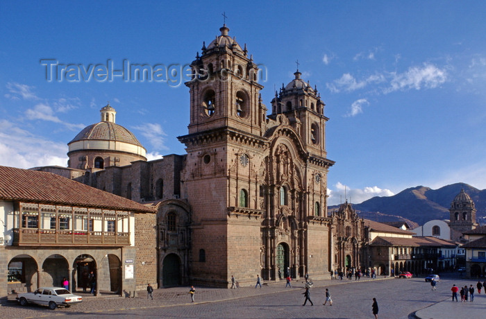 peru5: Cuzco, Peru: La Compañia Church was built by the Jesuits on the Plaza de Armas – it stands over the foundations of Huayana Capac's palace - photo by C.Lovell - (c) Travel-Images.com - Stock Photography agency - Image Bank
