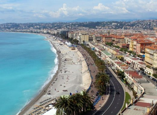 nice-baie-anges-colline-chateau