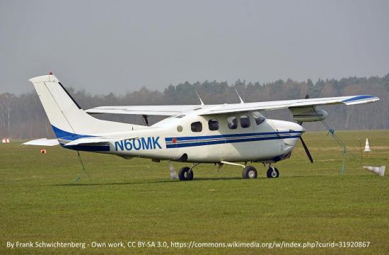Cessna 210