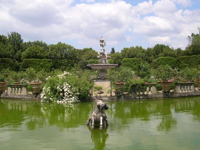 Fountain at the Boboli's Garden, Florence Italy