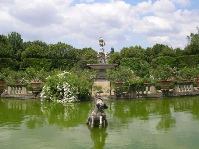 Fountain at the Boboli's Garden, Florence Italy