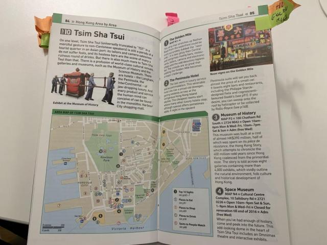 DK guide of a destination - Ideal to prepare for a big trip