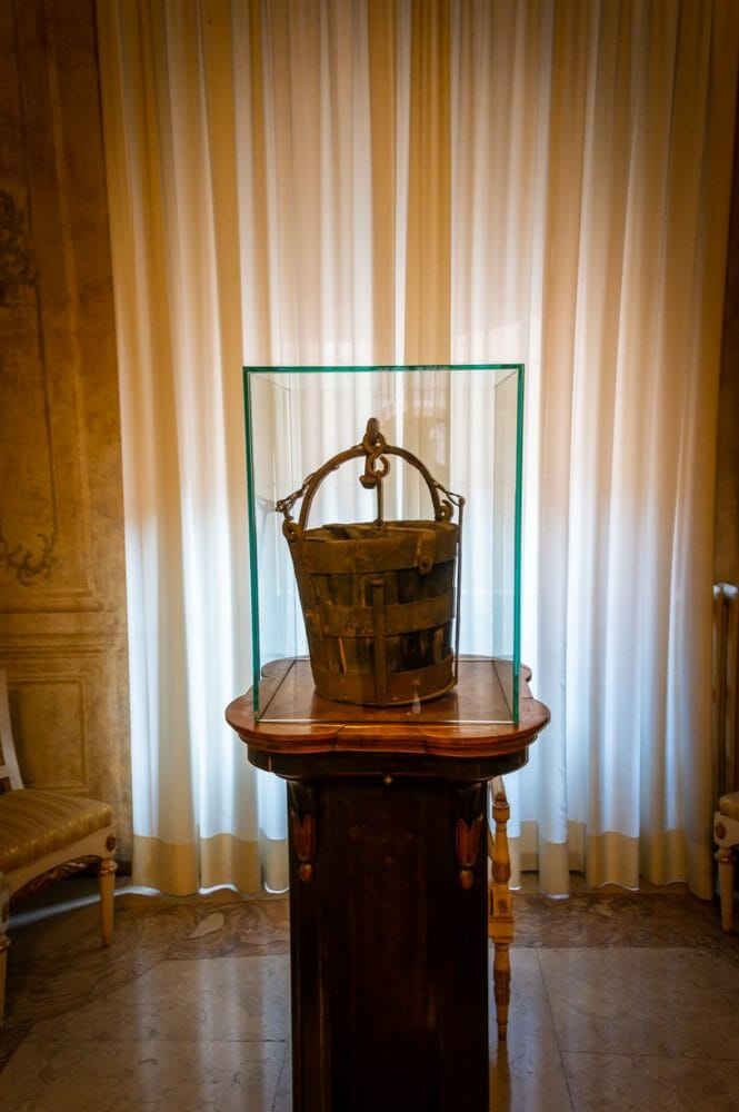 The Stolen Bucket of Modena