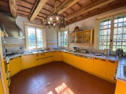 Luciano Pavarotti's Kitchen