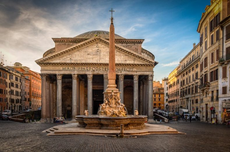The Roman Pantheon is a construction marvel - one of the best in Rome!