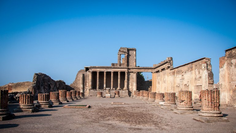 How To Get To Pompeii And Herculaneum from Naples