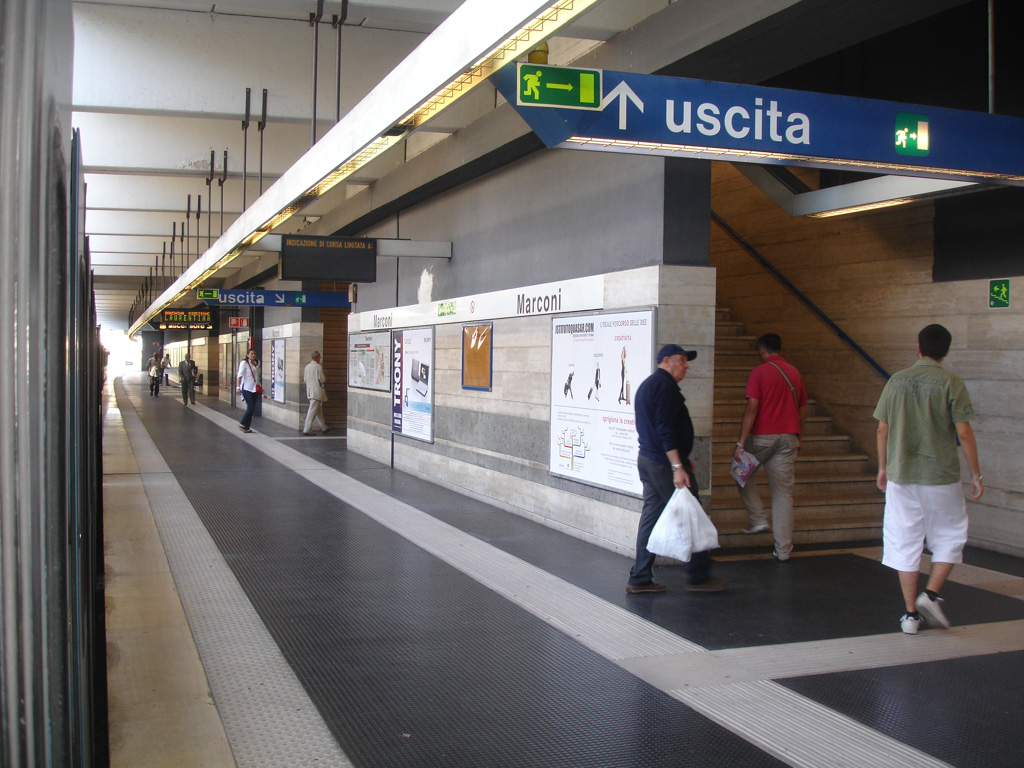 Marconi-Metropolitana_di_Roma