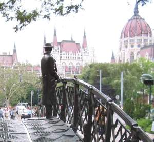 Imre_Nagy,_Budapest,_facing_Parliament, Hungary