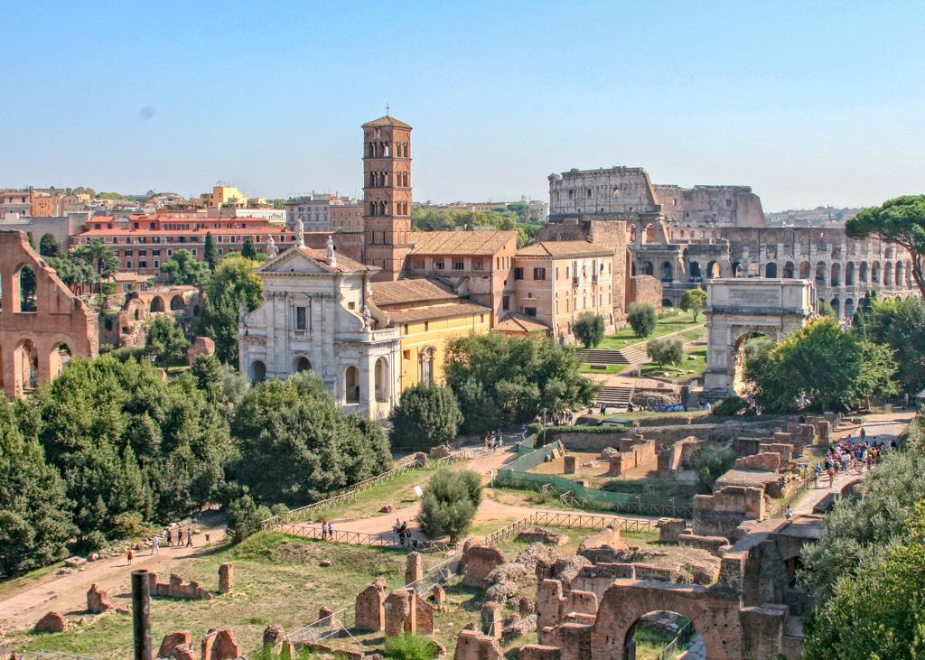 oliseum from Palatine Hill_Rome_Italy