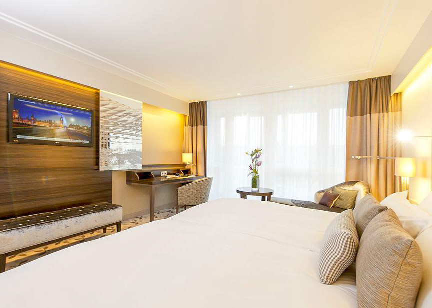 Pullman Munich Hotel Room