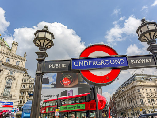 TravelAfter5_Dumb Money Saving_Piccadilly Circus Station London