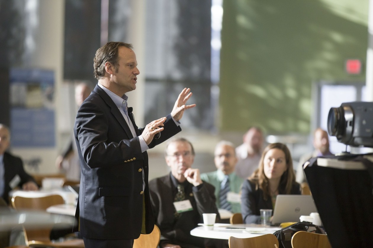 5 Tips for Attending Conferences