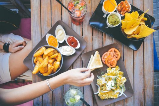 Surviving Team Dinner with Dietary Restrictions | How to get through group meals when you have dietary restrictions
