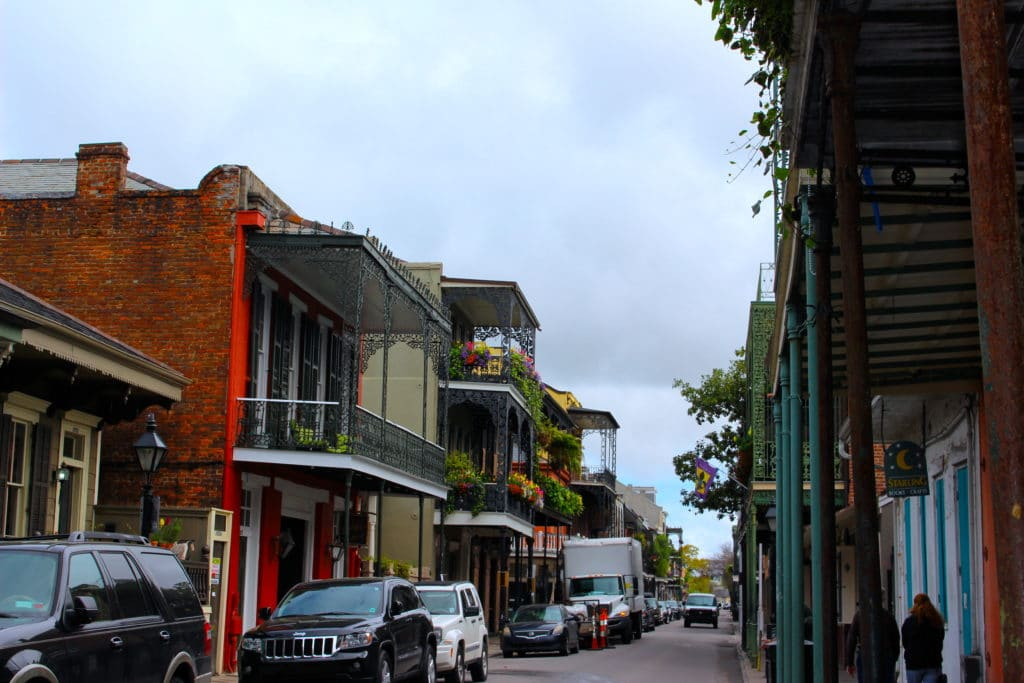 solo female travel in new orleans