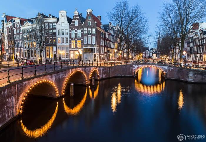 Amsterdam à noite