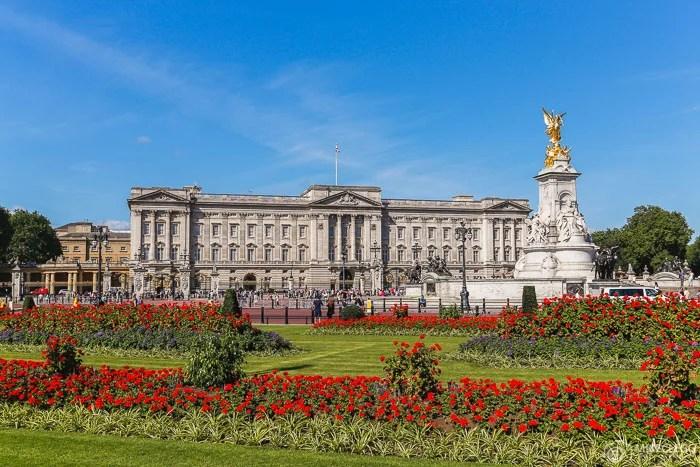 Palácio de Buckingham, Primavera