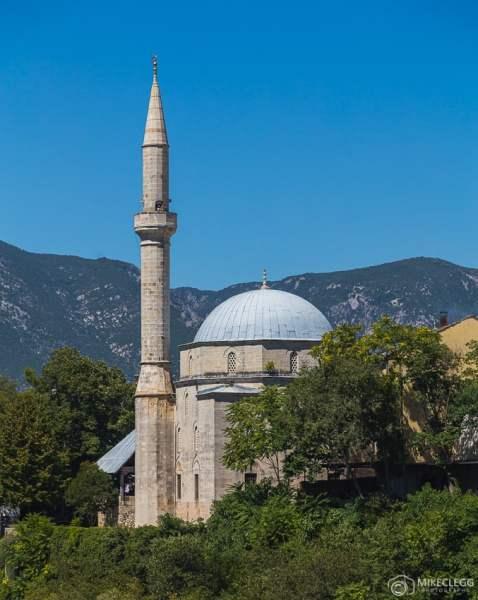 Lindas mesquitas, Mostar