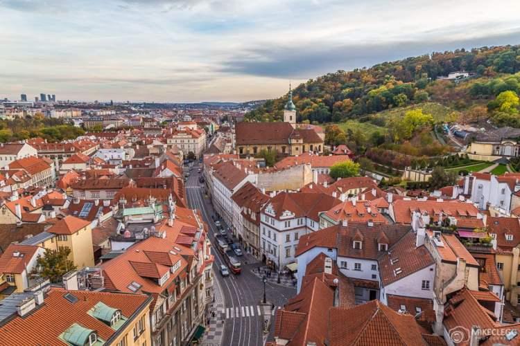 Vista da cidade de Belfy pela Igreja de São Nicolau, Praga