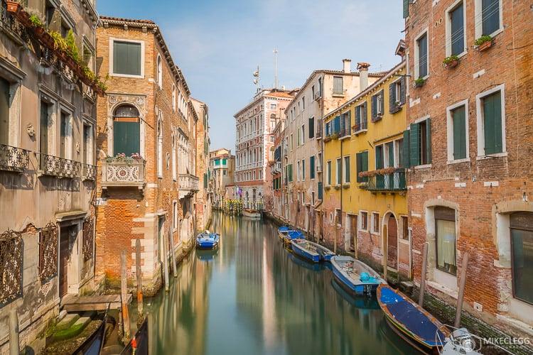Canais e arquitetura em Veneza