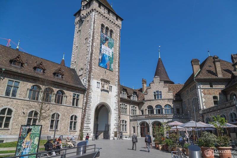 Museu Nacional Suíço, Zurique - durante o dia