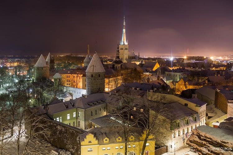 Tallinn à noite
