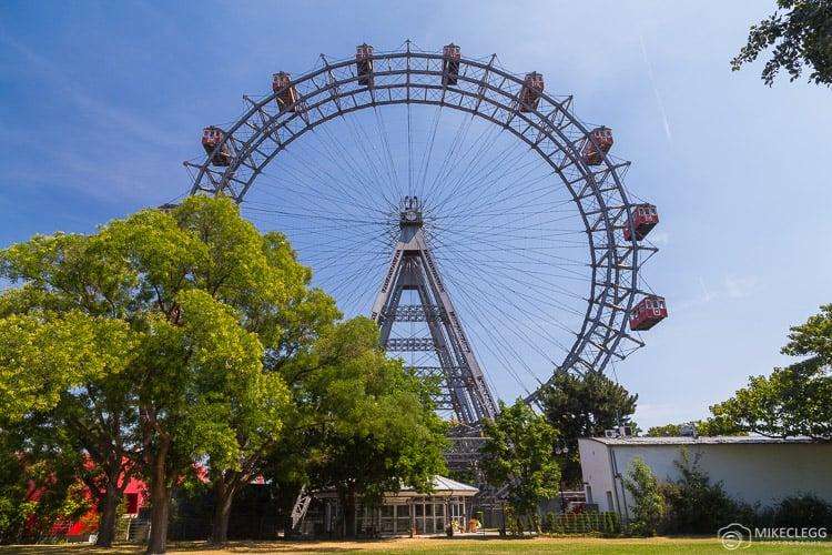 Wiener Riesenrad no parque de diversões Prater