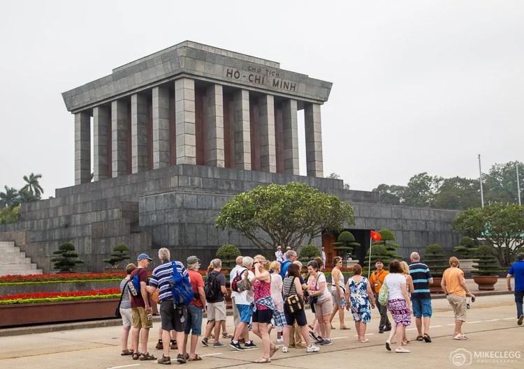 Guias turísticos e grupos