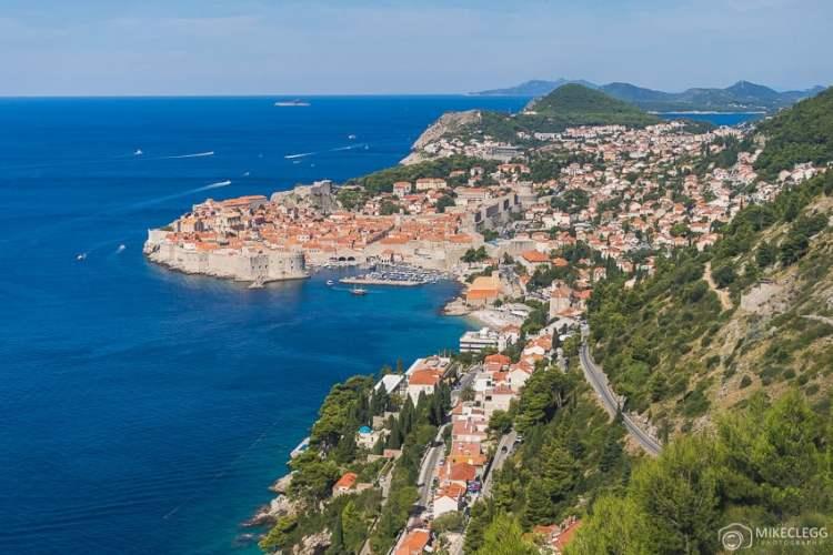 Vista de Dubrovnik de Jadranska Cesta (rodovia 8)