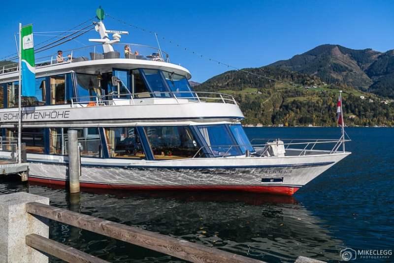 Passeios de barco no Lago Zell