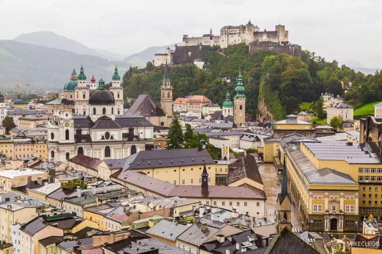 Vista de Salzburgo do Museum der Moderne