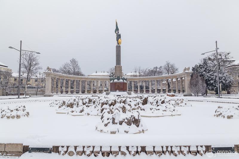 Fonte Hochstrahlbrunnen no inverno