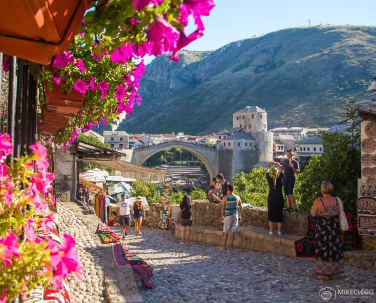 Rua Kujundžiluk em Mostar