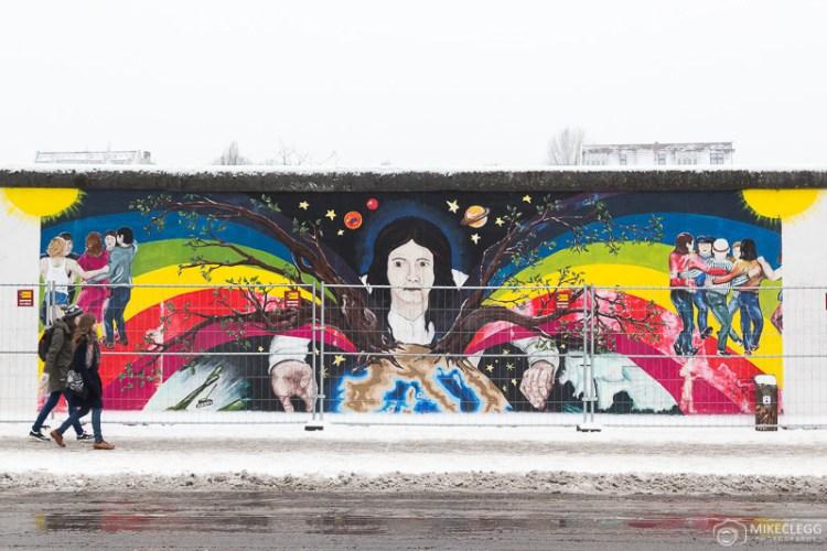 Parte da East Side Gallery em Berlim