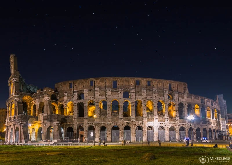 Coliseu de Roma à noite