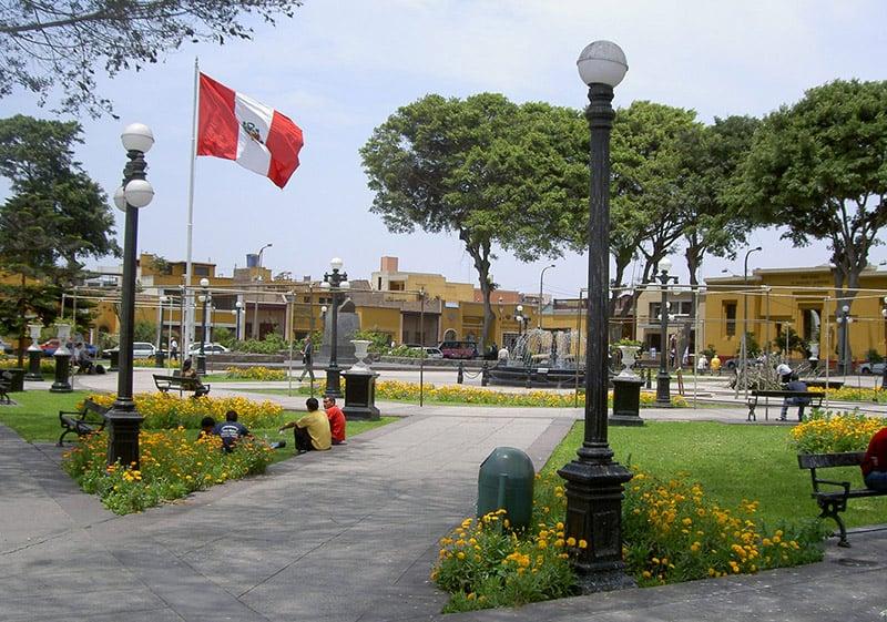 Plaza Principal de Pueblo Libre em Lima, Peru