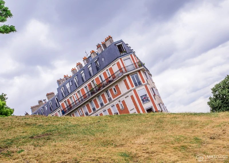 Sinking House at Montmartre