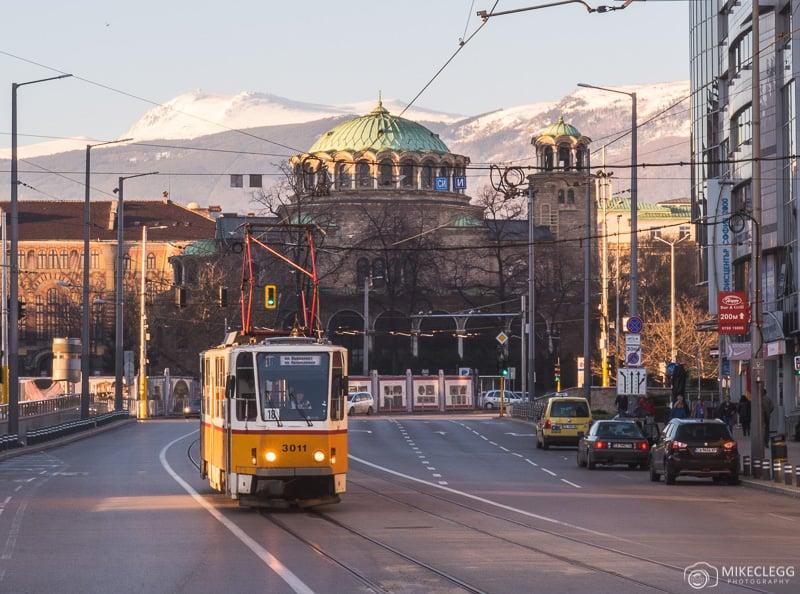Vista em direção à montanha Vitosha de Banya Bashi