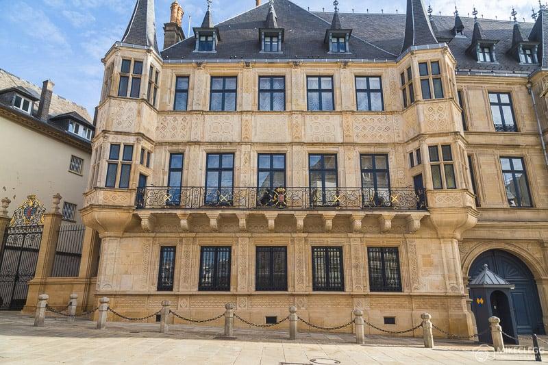 Exterior do Grande Palácio Ducal