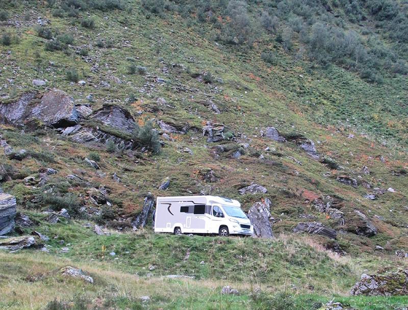 Motorhome na Noruega - Por @downunderwanderings