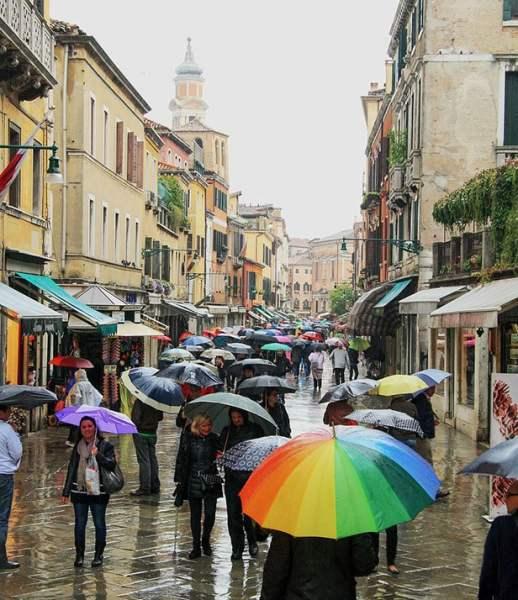 Veneza e chuva