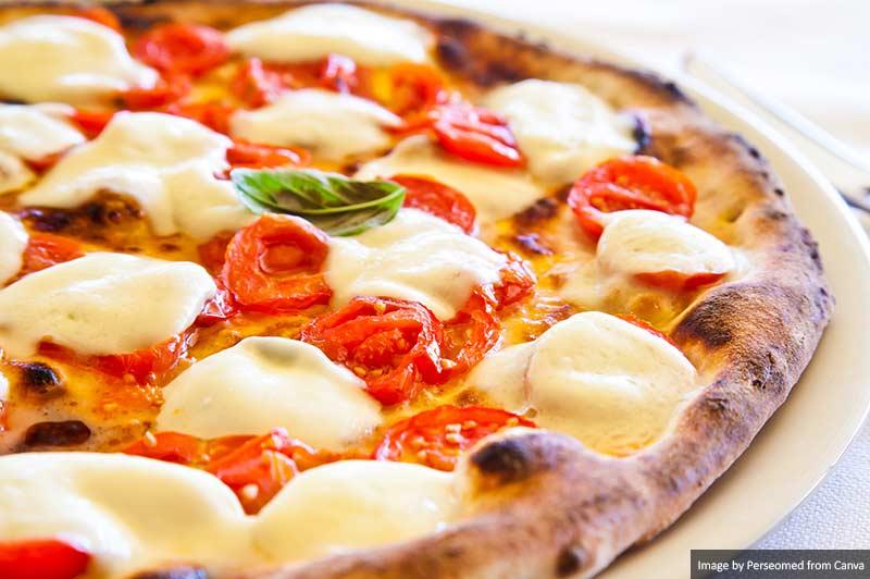 Pizza, Nápoles