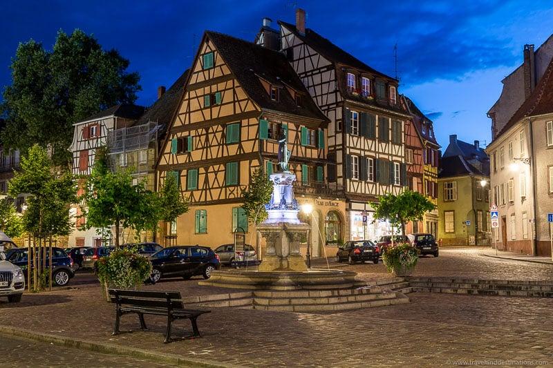 Fonte Roesselmann, Colmar à noite