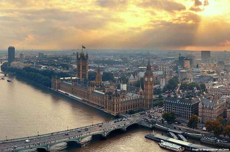 Vistas do London Eye em direção às Casas do Parlamento