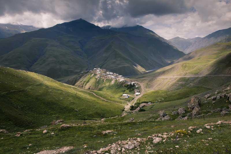 Aldeia da montanha de Xinaliq no Azerbaijão