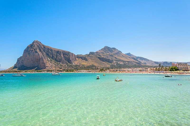Costa, praia e colinas de San Vito Lo Capo