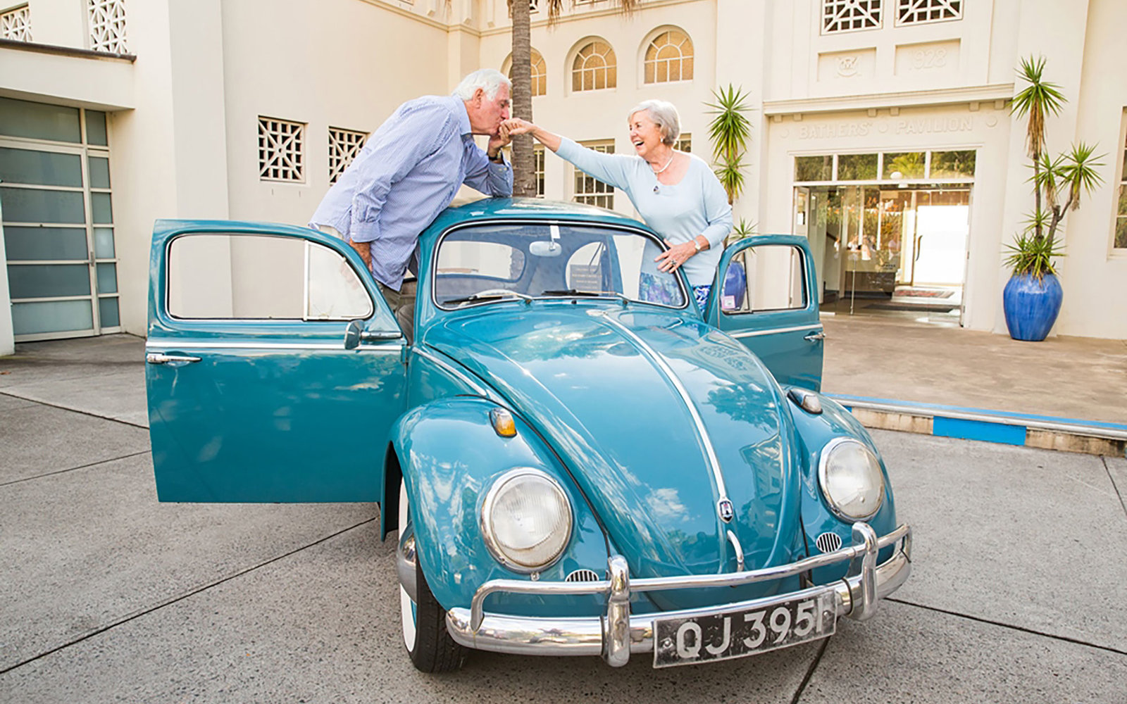 Classic VW BuGs 55 Year Old HoneyMoon Road Trip In A