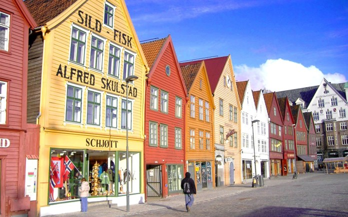 Best Countries for Solo Travelers - Norway